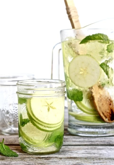 white sangria, apple & mint, mason jar