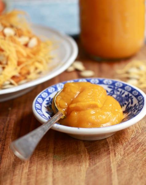 Homemade Pumpkin Puree / The Clever Carrot