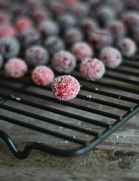 Sugar Covered Cranberries / The Clever Carrot