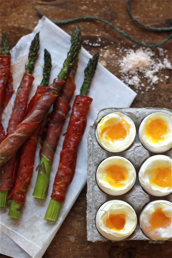 soft-boiled eggs with asparagus soldiers - The Clever Carrot