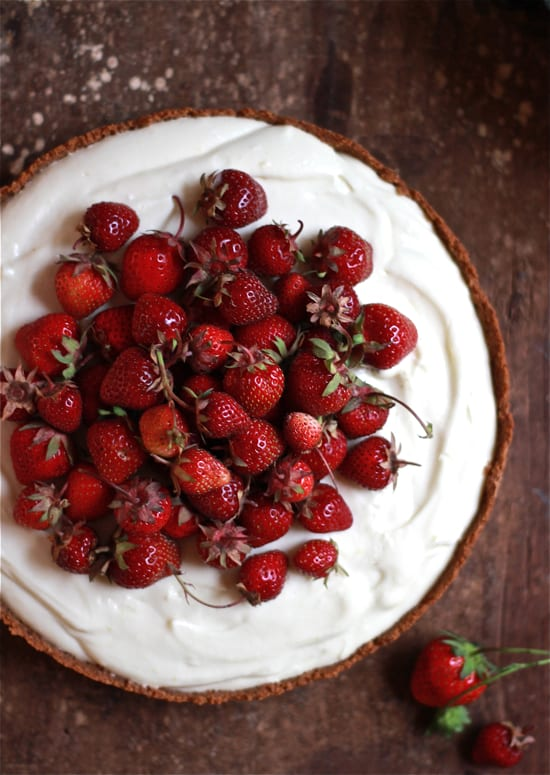 strawberries + cream tart | The Clever Carrot