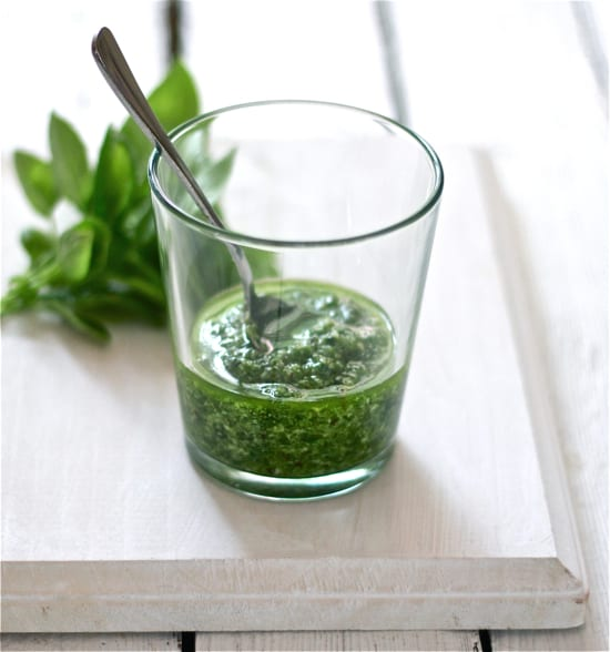 fresh basil pesto | The Clever Carrot