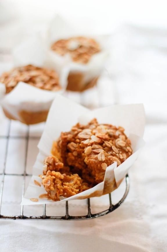 pumpkin granola muffins | The Clever Carrot