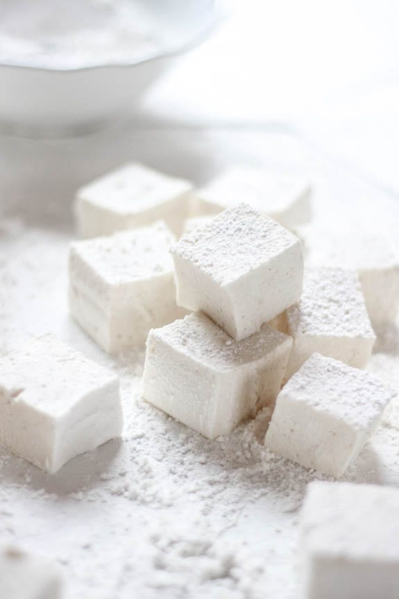 homemade fluffy marshmallows {corn syrup free} | The Clever Carrot