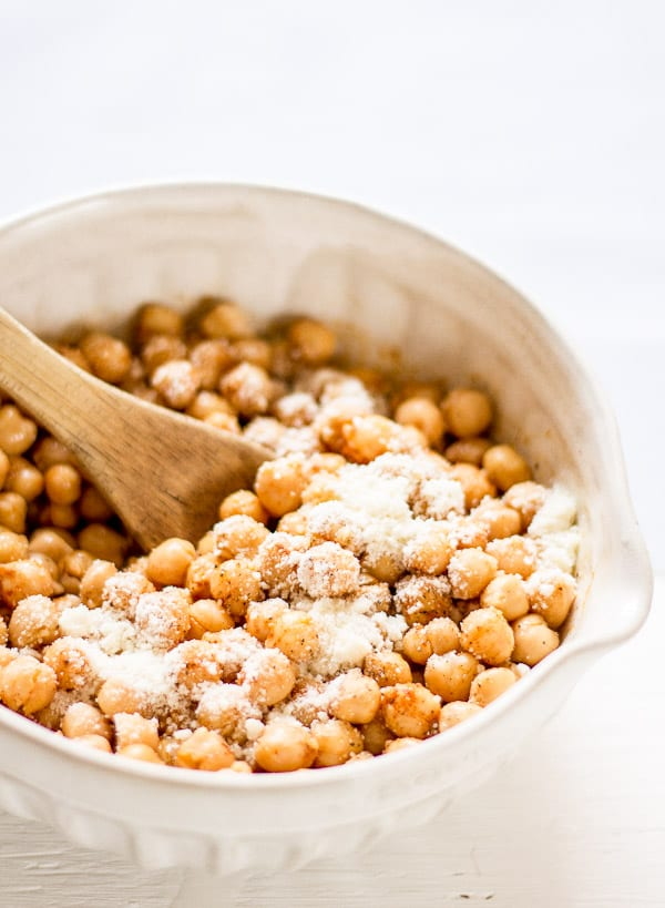 crispy oven roasted chickpeas | The Clever Carrot