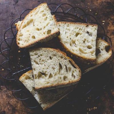 Dukkah Sourdough Bread | theclevercarrot.com