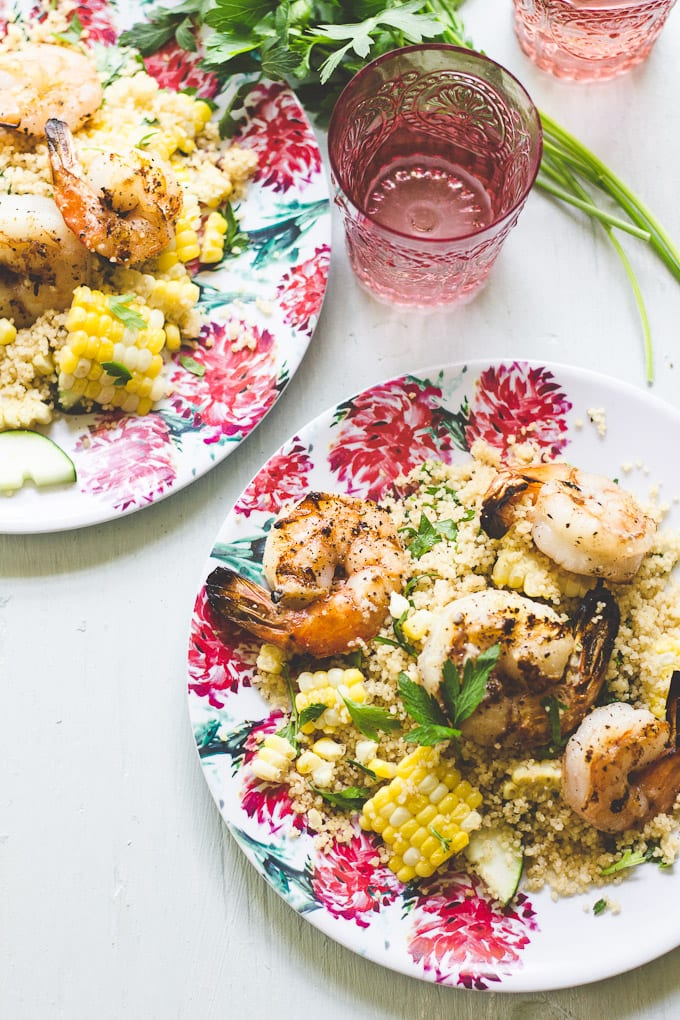 garlicky grilled shrimp | theclevercarrot.com