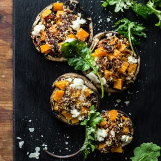 butternut squash stuffed mushrooms with goat cheese + balsamic glaze | theclevercarrot.com