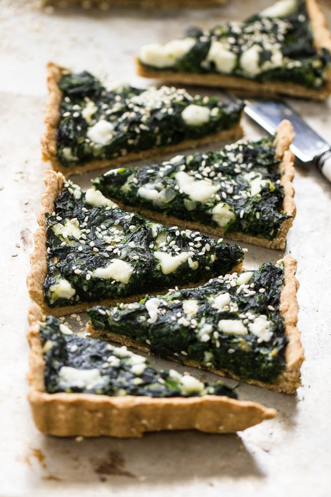 Spinach Tart with Olive-Oil Cracker Crust | theclevercarrot.com