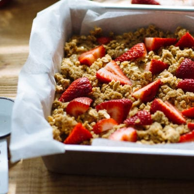 wholegrain strawberry breakfast cake
