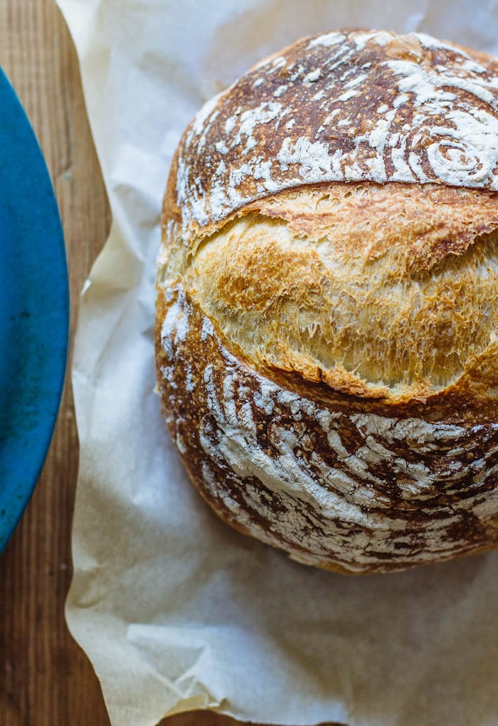 homemade sourdough bread | theclevercarrot.com
