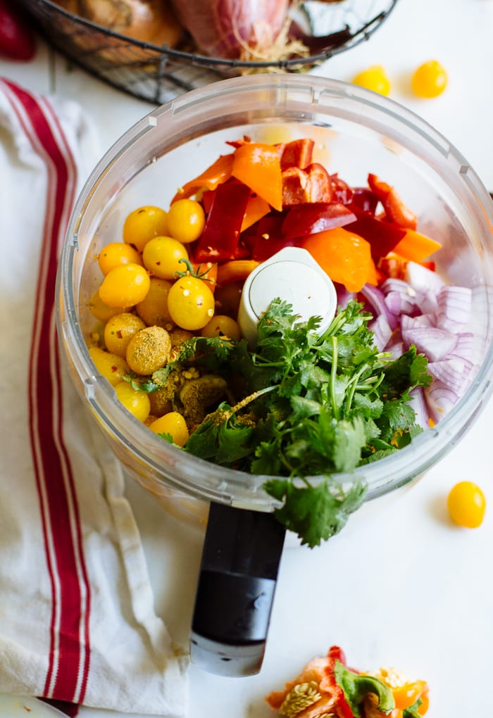 10 minute sun gold salsa {for the freezer} | theclevercarrot.com