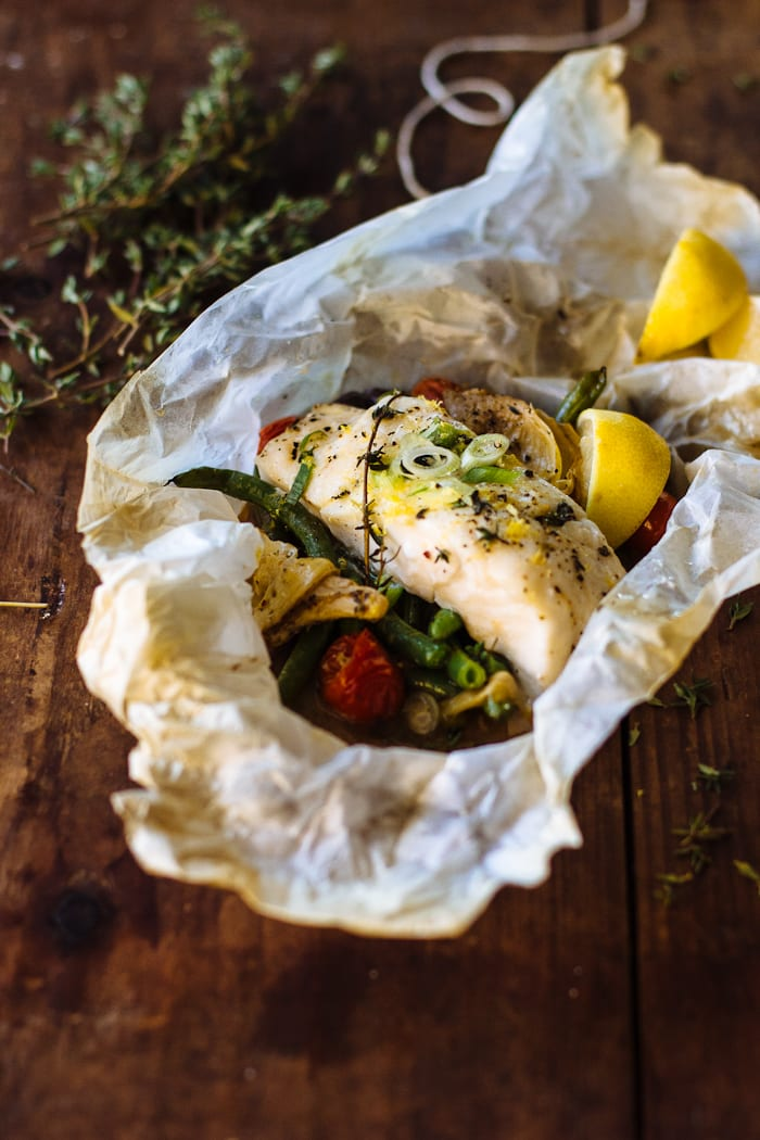 baked fish in parchment | theclevercarrot.com