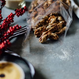 cinnamon-spiced brulled pecans-2