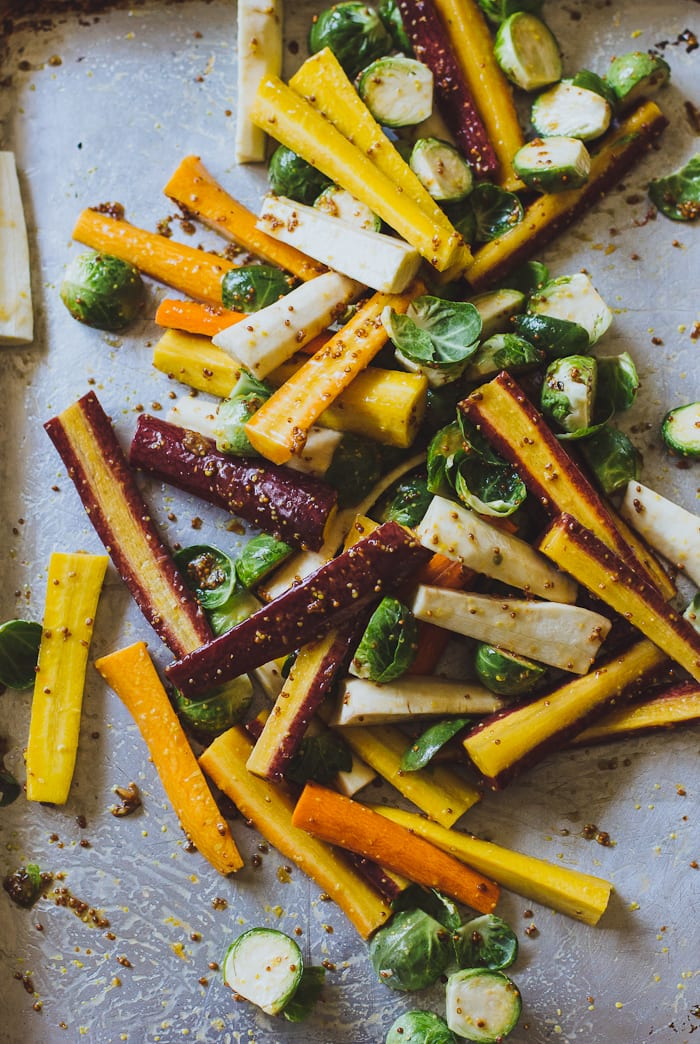 maple roasted harvest vegetables | theclevercarrot.com