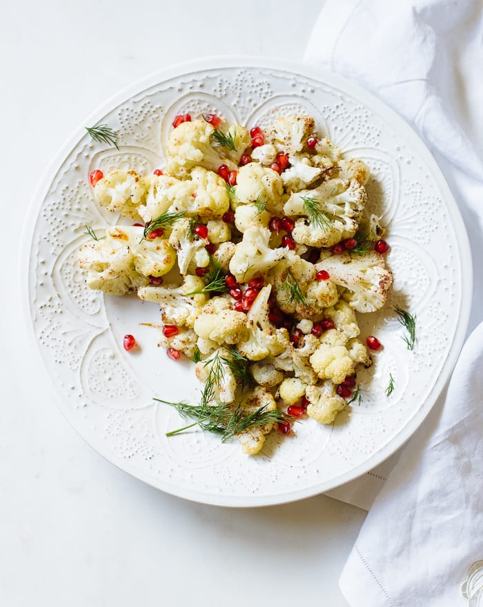 roasted christmas cauliflower salad | theclevercarrot.com