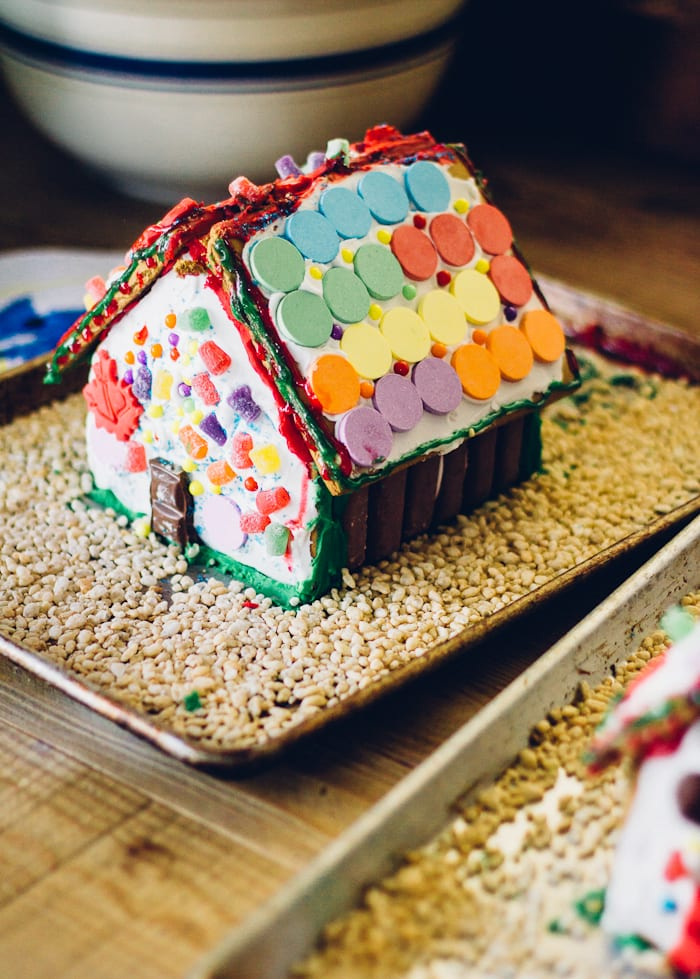 gingerbread house | theclevercarrot.com