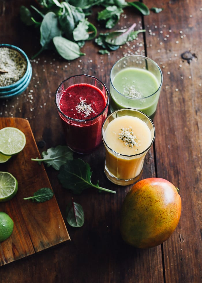 make-ahead smoothies & a wolf gourmet giveaway | theclevercarrot.com