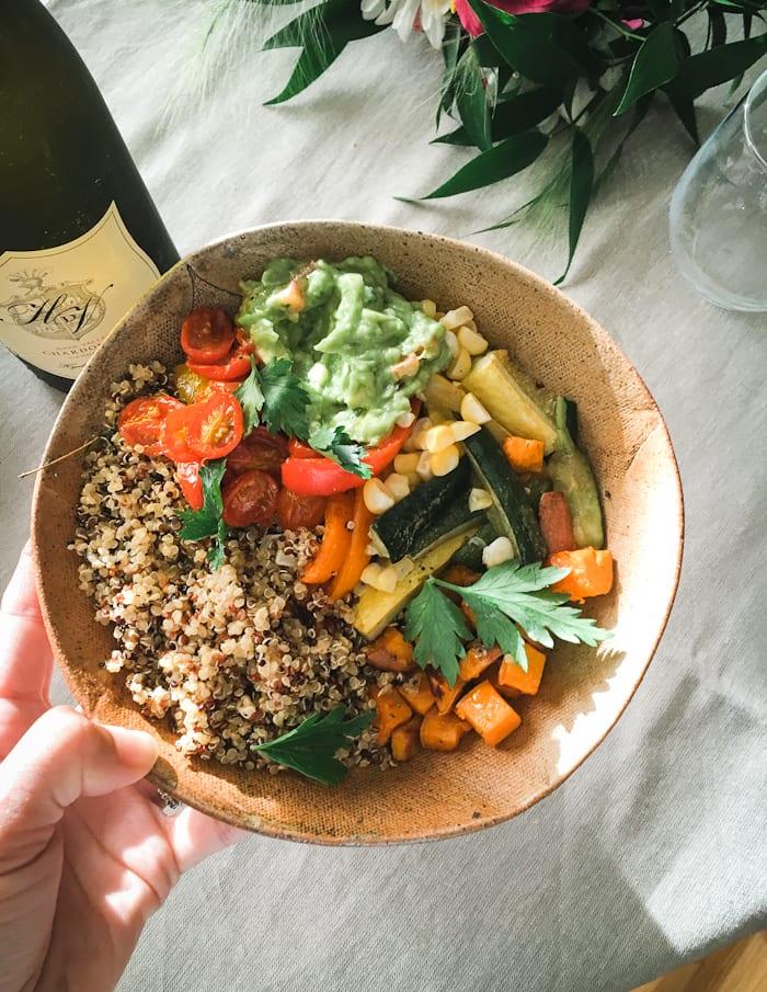 veggie grain bowls |theclevercarrot.com