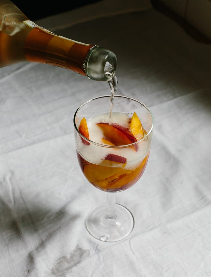 peaches in wine glasses, 2 ways | theclevercarrot.com