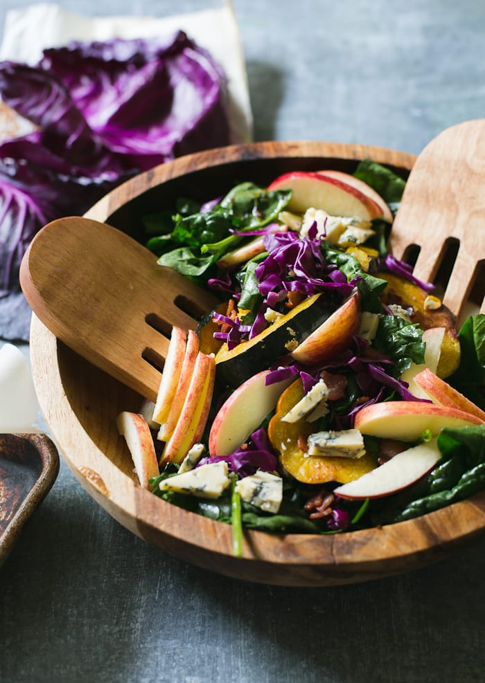 warm autumn spinach salad | theclevercarrot.com
