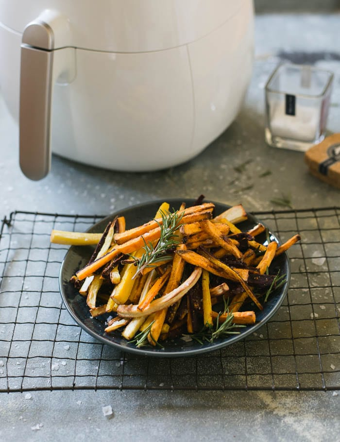 how to make crispy veggie fries without the fat| theclevercarrot.com