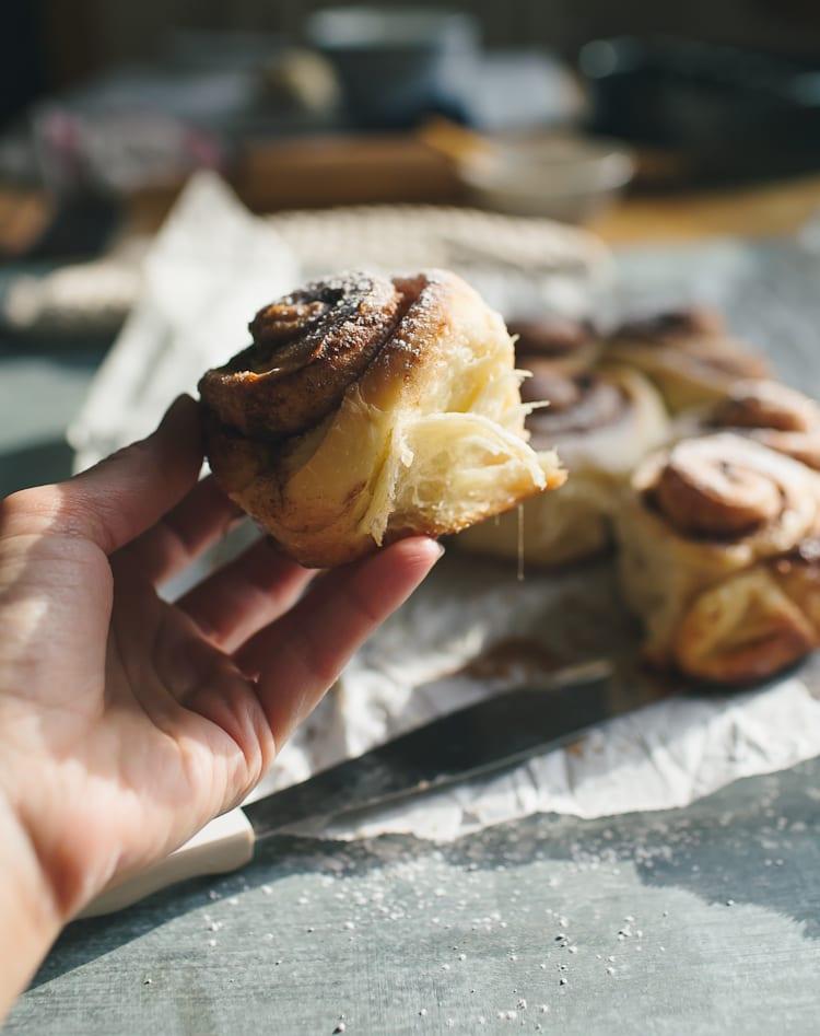 Sourdough Cinnamon Rolls | theclevercarrot.com #sourdough #cinnamonrolls #noyeast #kingarthur #overnight #breadstarter
