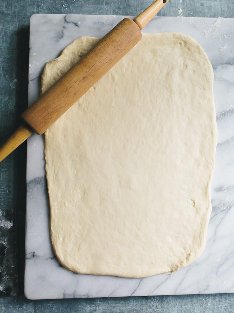 Sourdough Cinnamon Rolls | theclevercarrot.com
