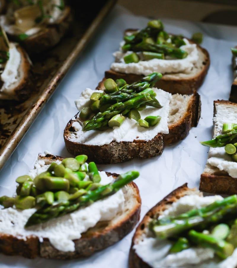Close up of Sourdough Crostini with Ricotta & Asparagus