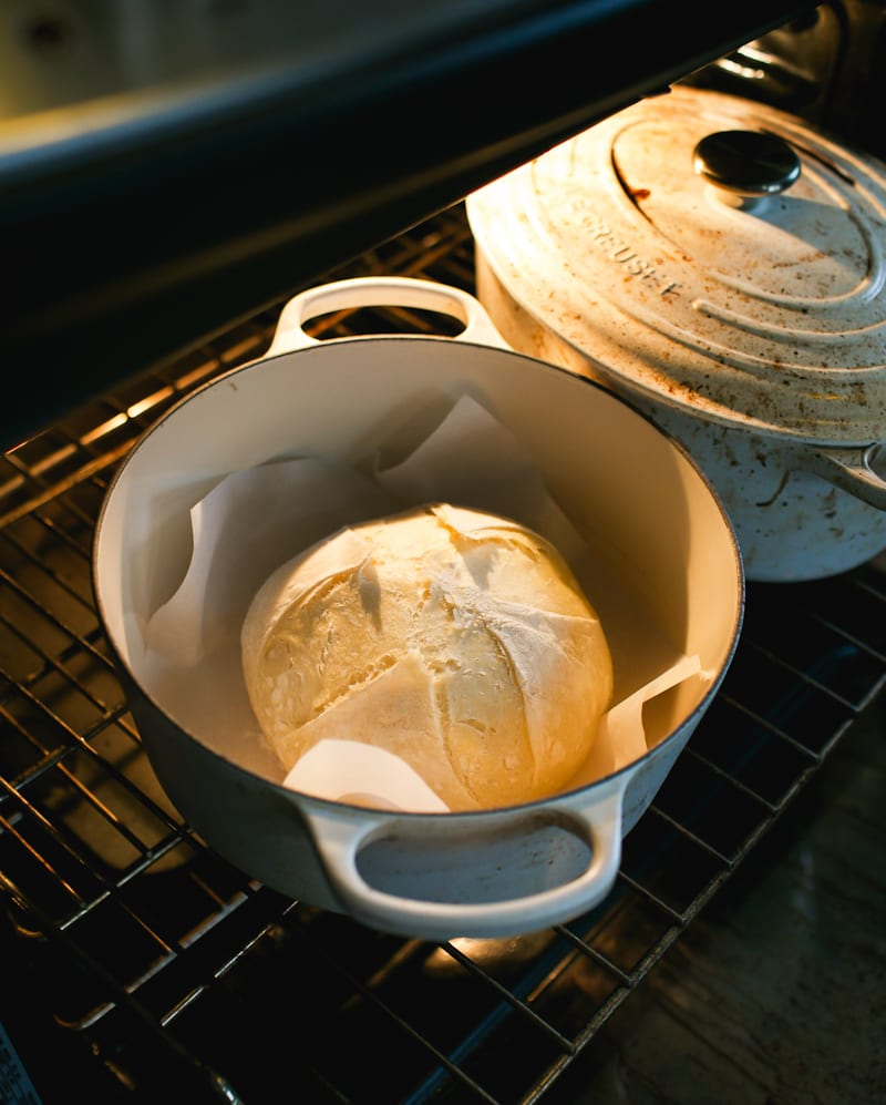 Sourdough in Dutch Oven | theclevercarrot.com