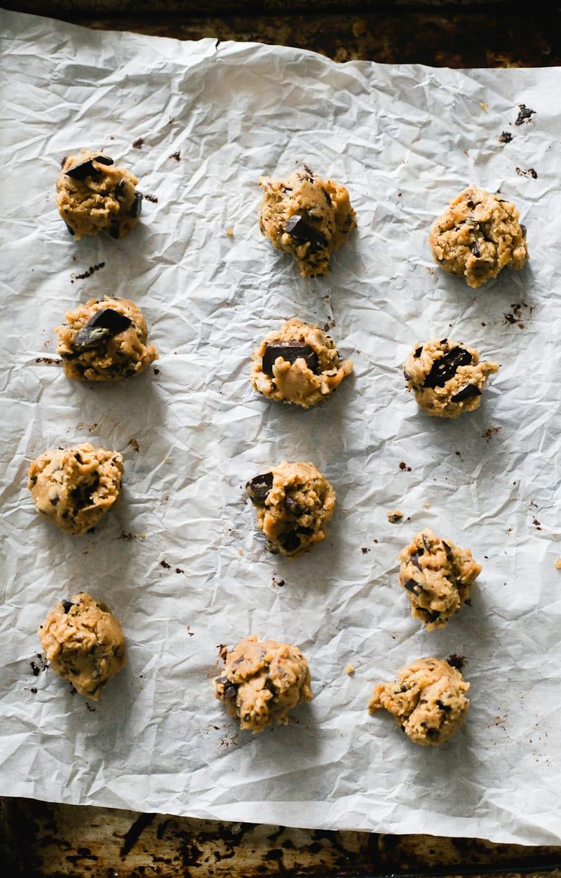 Sourdough Chocolate Chip Cookie Dough   theclevercarrot.com