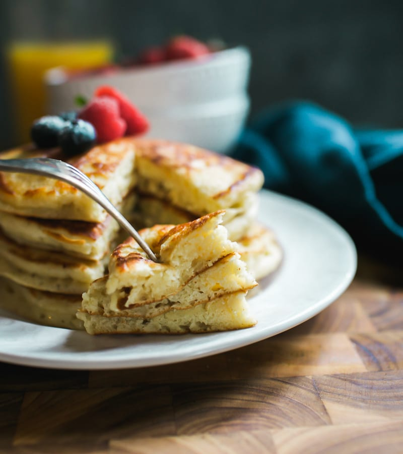 Fluffy Pancakes | theclevercarrot.com