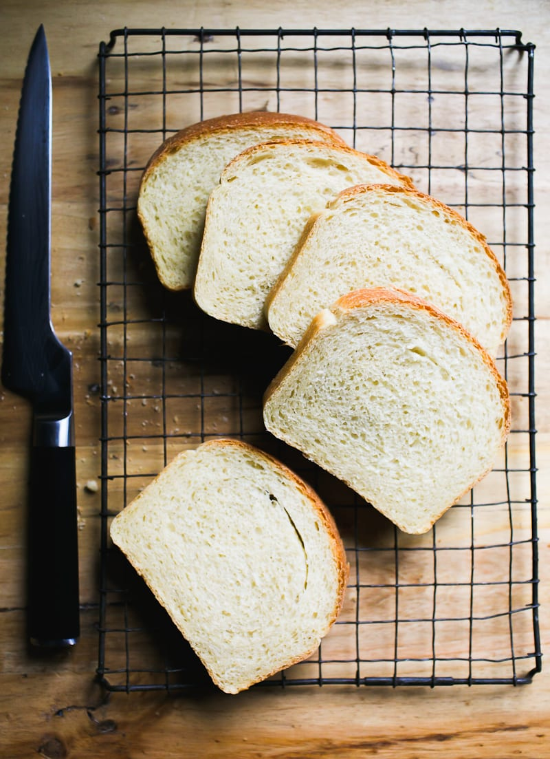 Sliced Sourdough Sandwich Bread | theclevercarrot.com